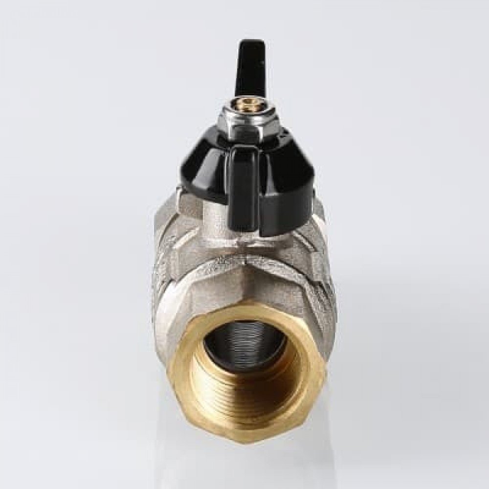 Кран шаровой усиленный VALTEC PERFECT с полусгоном (американкой) , бабочка 3/4'